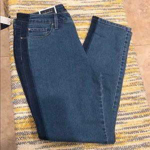 Charter Club- skinny Leg Jeans